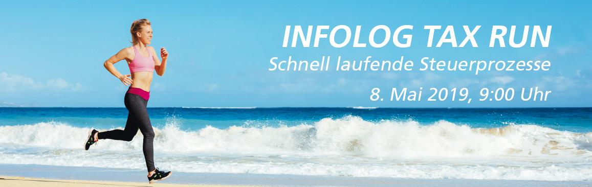 Junge Frau läuft am Strand/INFOLOG Tax Run – Schnell laufende Steuerprozesse